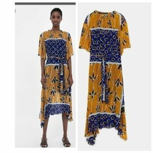 Zara dress Medium